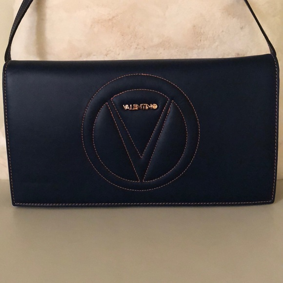 purchase authentic hot-selling yet not vulgar ELEGANT VALENTINO BAG (by Mario Valentino)